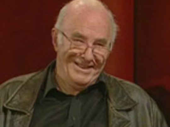 Face to face with kim hill clive james key image.jpg.540x405.compressed