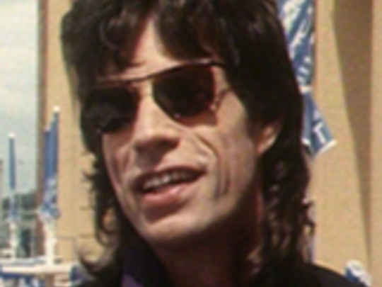 Radio with pictures   mick jagger key.jpg.540x405.compressed