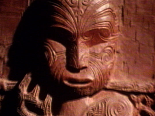 Te maori   a celebration of the people and their art   key.jpg.540x405