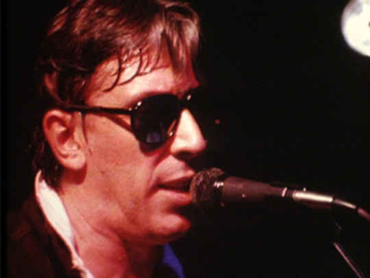 Radio with pictures   john cale key.jpg.540x405.compressed