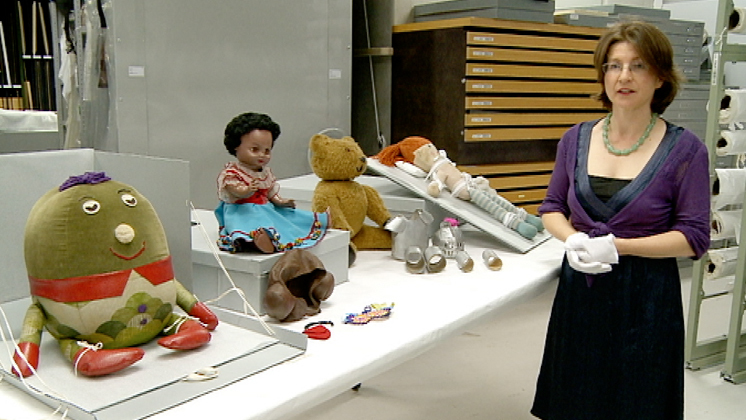 Hero image for Tales from Te Papa - Play School Toys